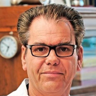 Portraitfoto Dr. Michael de Ridder.